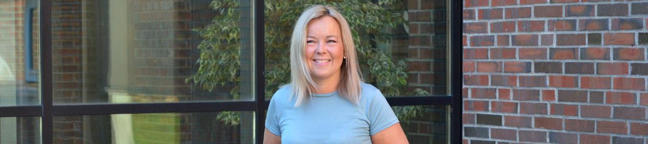 Linda Wessel er glad for at hun valgte en selvvalgt bachelorgrad ved Fakultet for samfunnsvitenskap